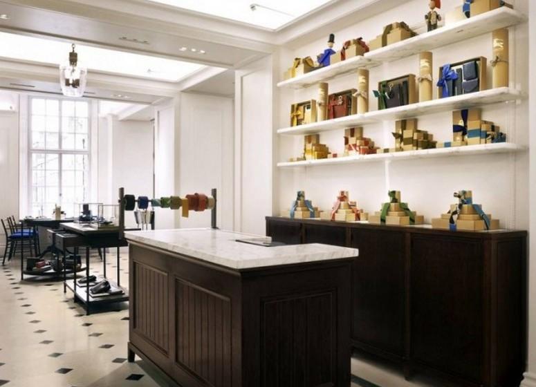 O Thomas terá também uma loja de lembranças, desde estacionário a peças para utilização domestica, que poderão ser personalizados.