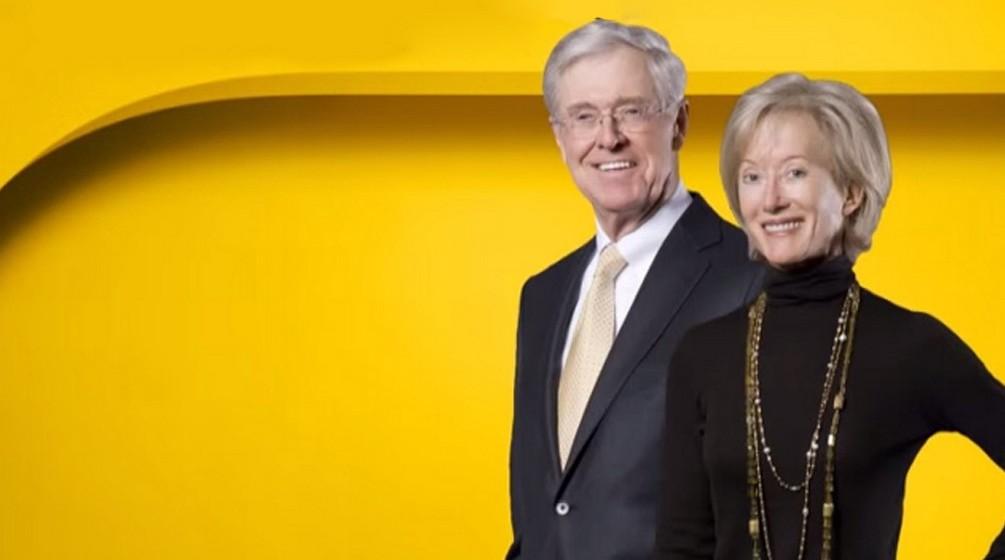 Charles e Elizabeth Koch (43 biliões de euros): Os irmãos Koch herdaram o negócio do pai em 1967. Hoje, a empresa de petróleo e químicos é uma das mais odiadas nos Estados Unidos, o que obriga a família a um grande nível de segurança. Além de ambos trabalharem na empresa da família, também se dedicam a atividades filantrópicas.