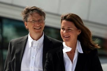 Bill e Melinda Gates lideram a lista elaborada pela empresa Wealth-X dos dez casais mais ricos do mundo, com um rendimento anual conjunto de 77 mil milhões de euros