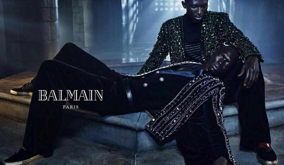 Armando e Fernando Cabral são uma das duplas de irmãos modelos escolhidas para integrar a campanha outono/ inverno 2015 da marca de alta costura