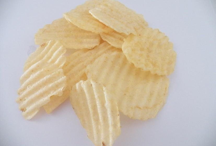 Alimentos a evitar são bolachas, snacks doces e salgados, álcool e refrigerantes.