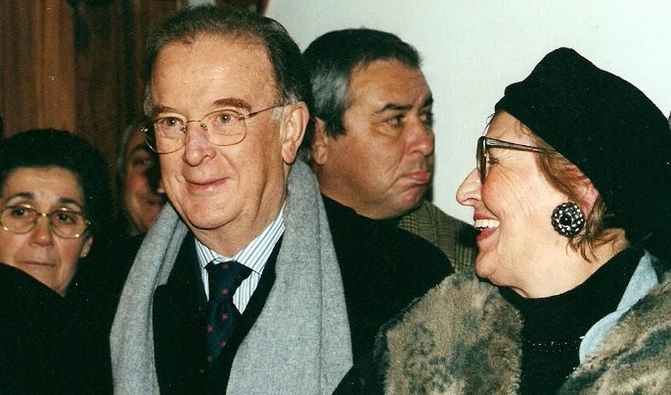 Quando Jorge Sampaio concorreu ao cargo de Primeiro-Ministro, Ana Elisa prestou o seu apoio.