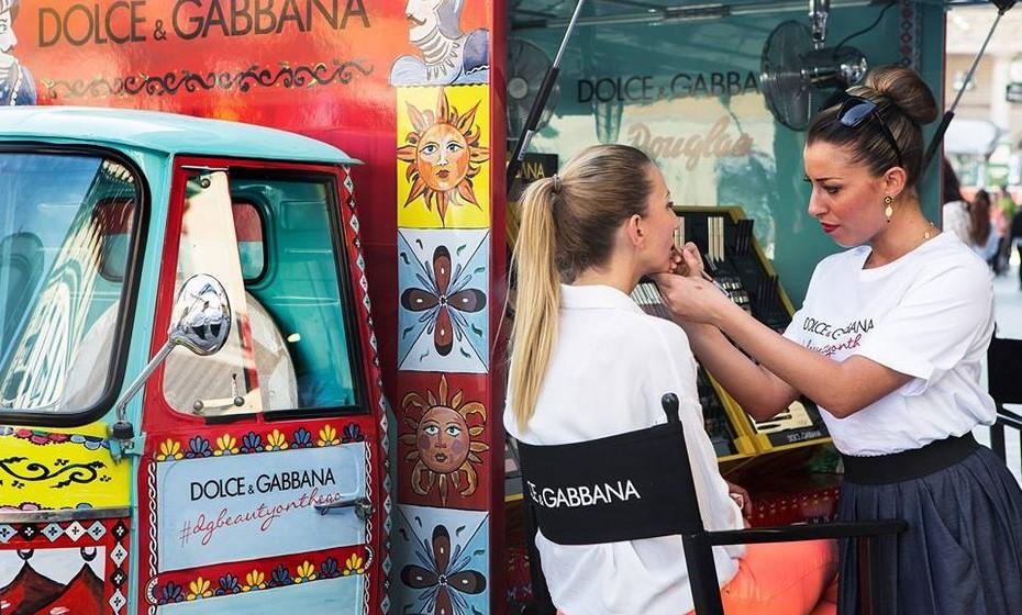 No D&G Beauty-on-the-Go, especialistas em beleza e maquilhadoras profissionais vão dar dicas e aconselhar as milanesas e turistas a escolher a melhor opção para o seu caso. E ainda levam amostras de produtos.