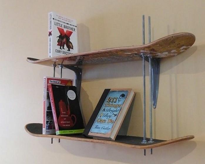 Se é apaixonado por desportos radicais, o que acha de prateleiras feitas a partir de pranchas de skate ou até de surf?