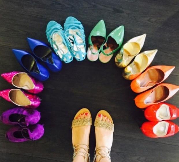 Rachel Zoe: A stylist partilhou uma foto de vários sapatos que chegaram ao seu atelier, para serem usados em editoriais.